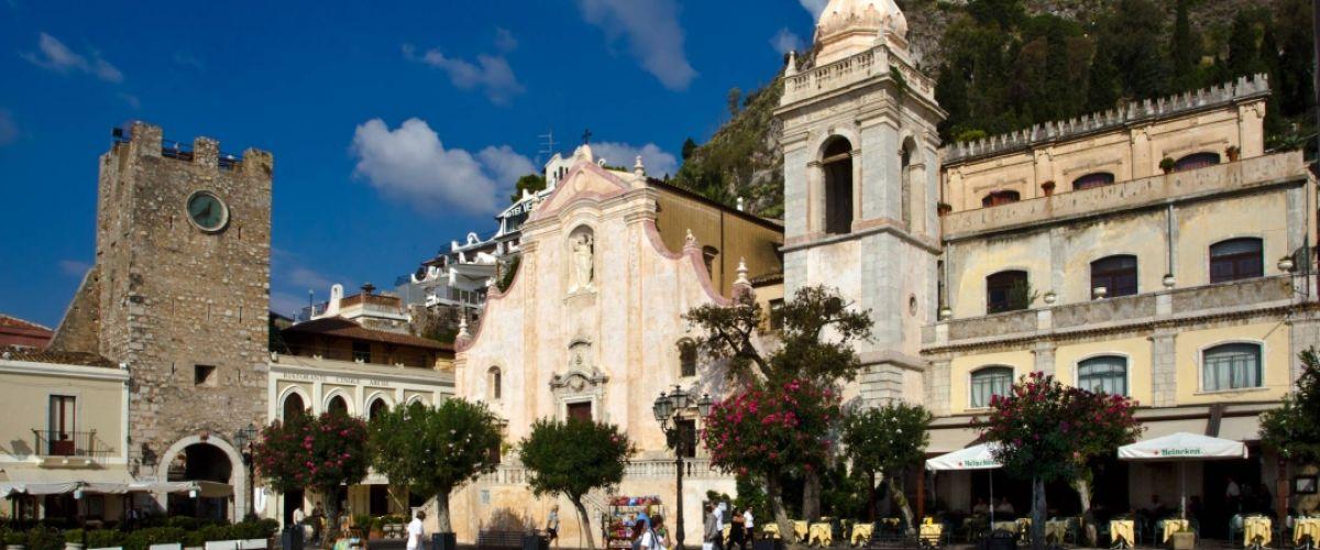 Location & Taormina